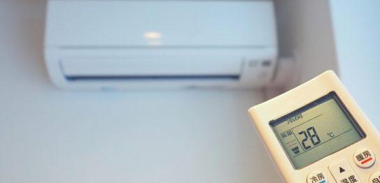 ウイルス対策の基本は換気!夏場でも快適に過ごせるエアコンを使った空気の流れの作り方